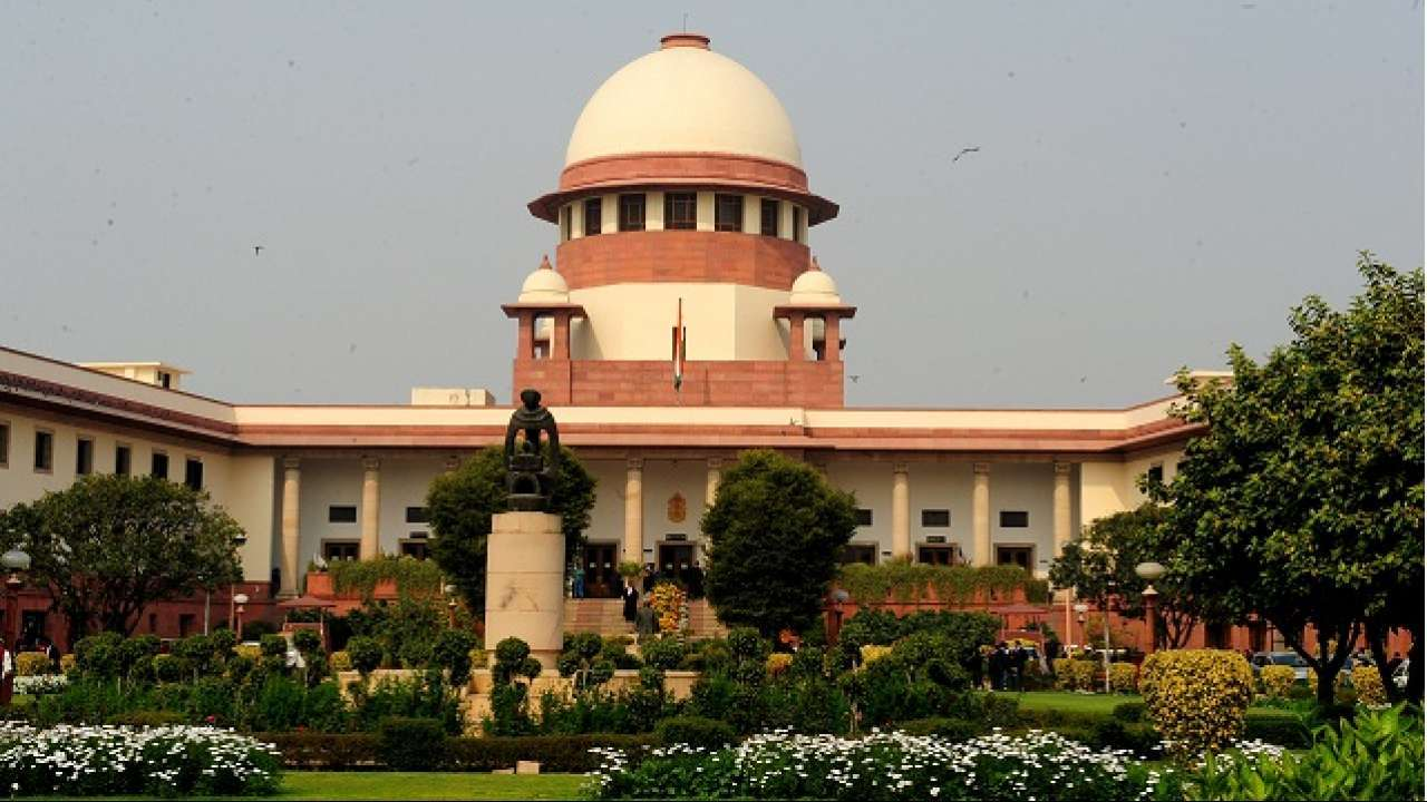 SC order on dance bars hits moral cops