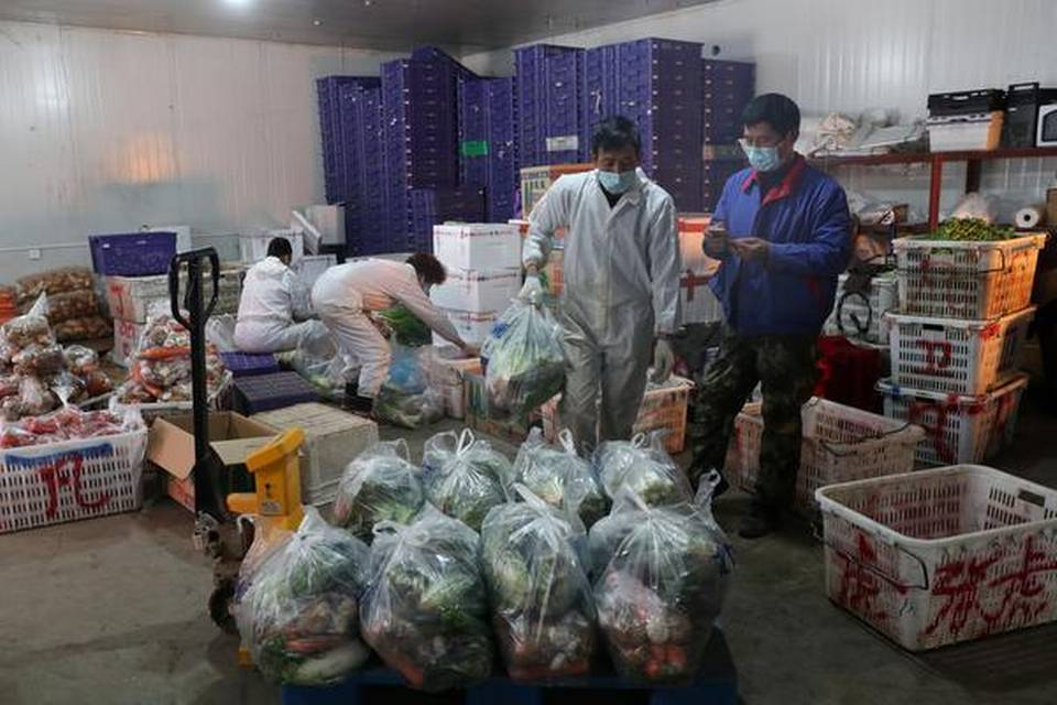 Death toll in China's coronavirus exceeds 2,100